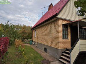 Современная кирпичная дача в Москве